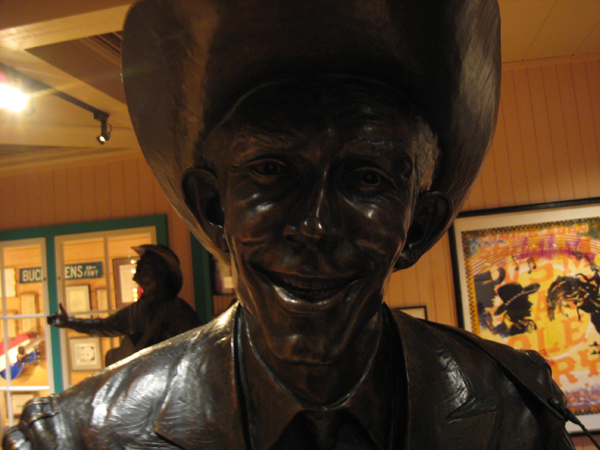 Hank Williams full-sized bronze statue at Buck Owen's Crystal Palace.