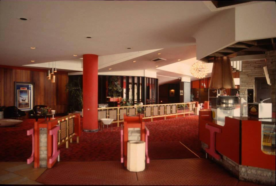 Places that inspire save the historic mid century modern for Terrace theater movie times